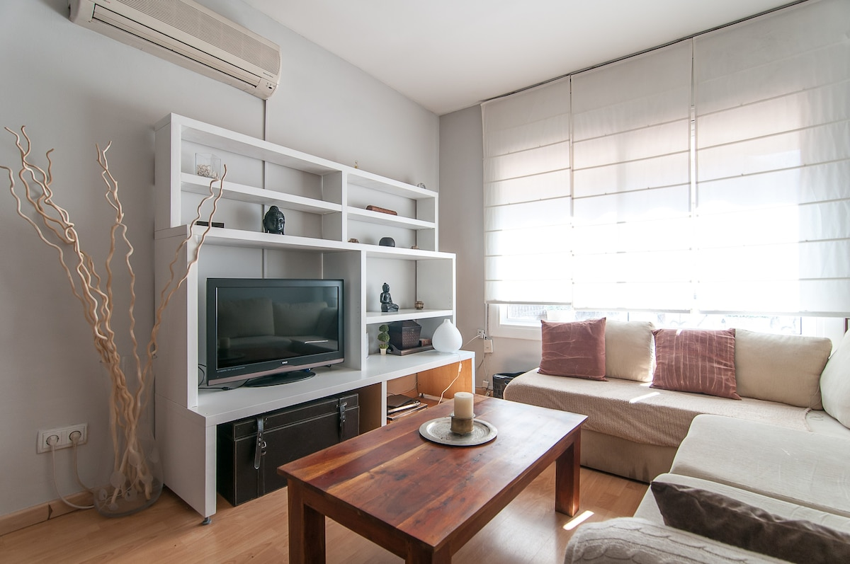 CONFORTABLE APP BSD MAIN ATRACTIONS Flats For Rent In