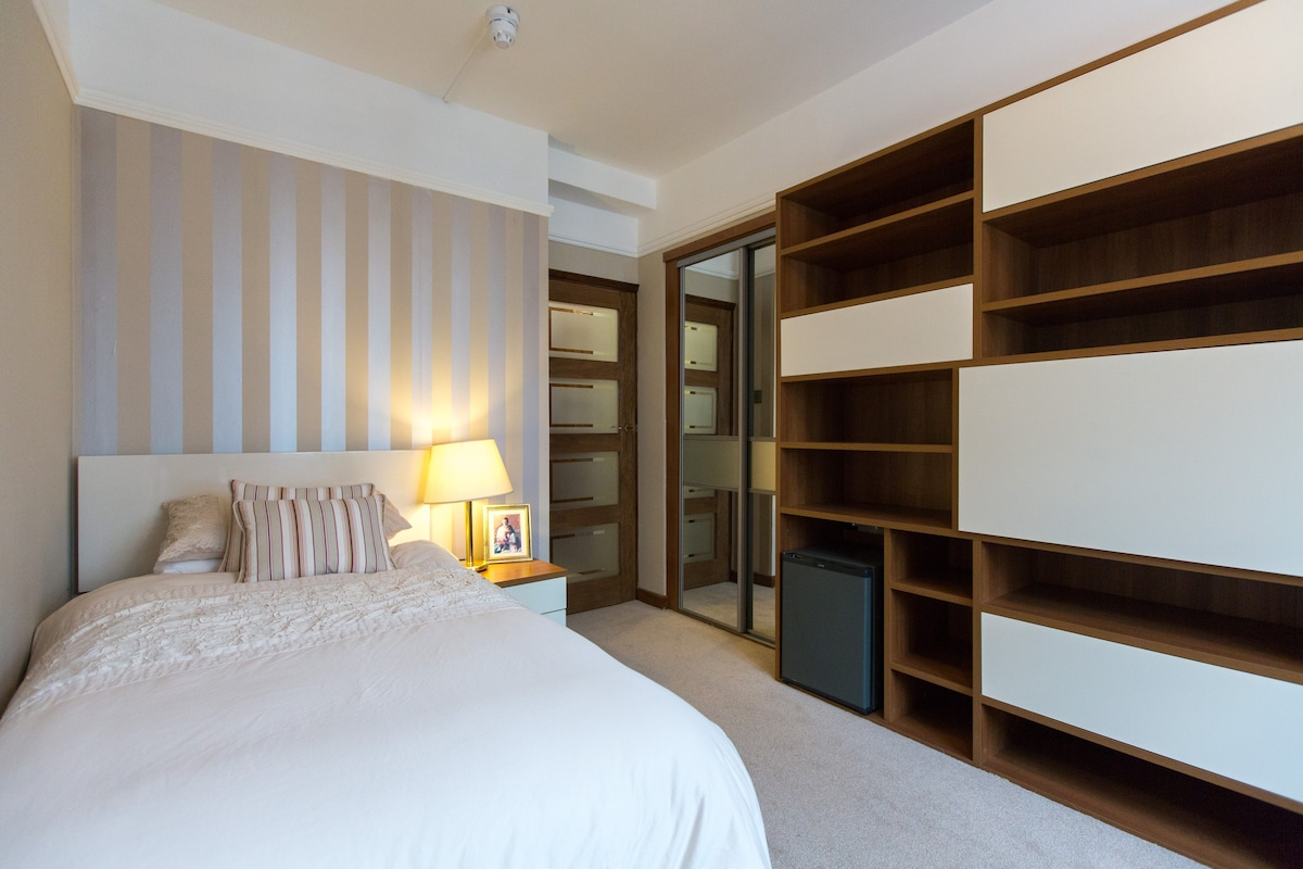 Superior Single Room London Notting Hill Bed And