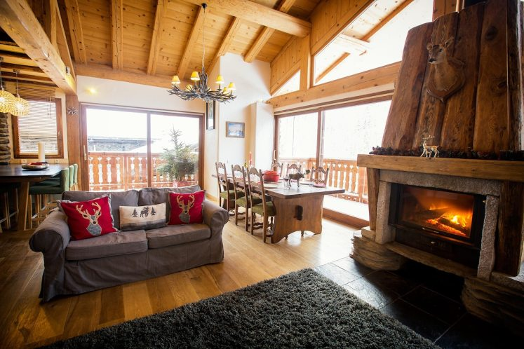 best cabins for rent in europe on airbnb