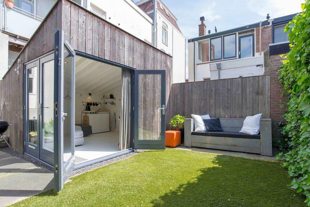 Lovely Garden Cottage In Utrecht Tiny Houses For Rent In