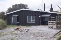 OCEANSIDE RETREAT - Guesthouses for Rent in Arahura Valley ...