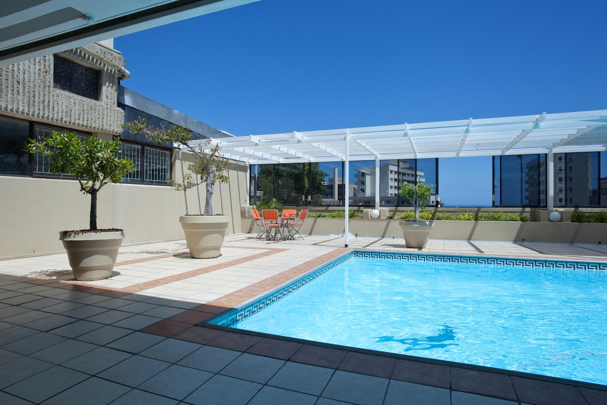 sleeping couch and sofa cape town italian design fully furnished apartment sea point - apartments for rent ...
