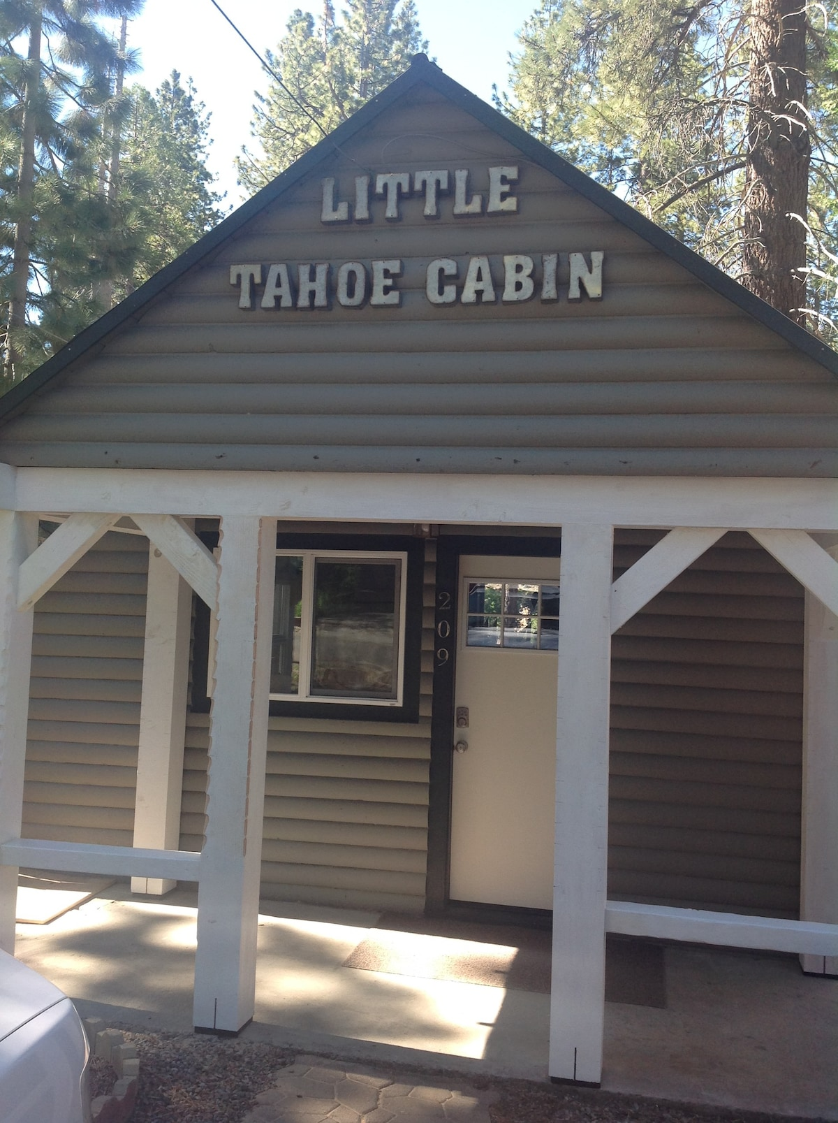 Little Lake Tahoe Cabin Tiny Houses For Rent In