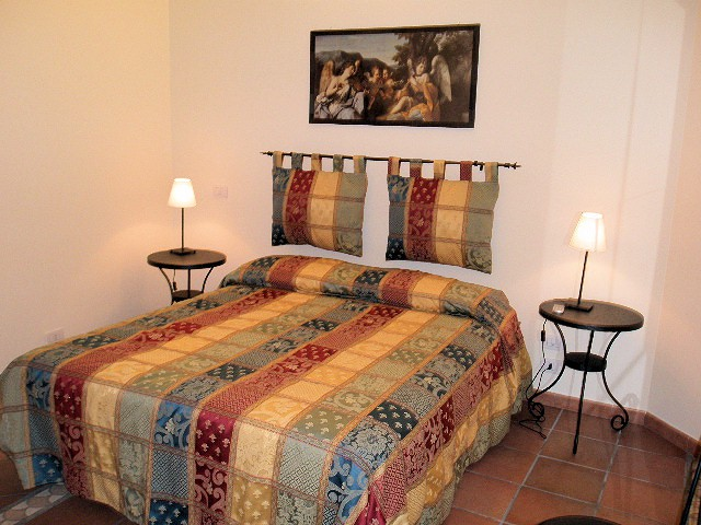 BED AND BREAKFAST THE FLOWER ROMA Bed and breakfasts for