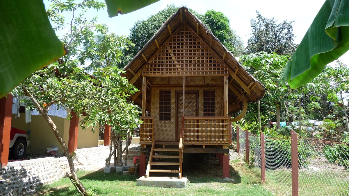 Guesthouse Native Filipino Style Apartments For Rent