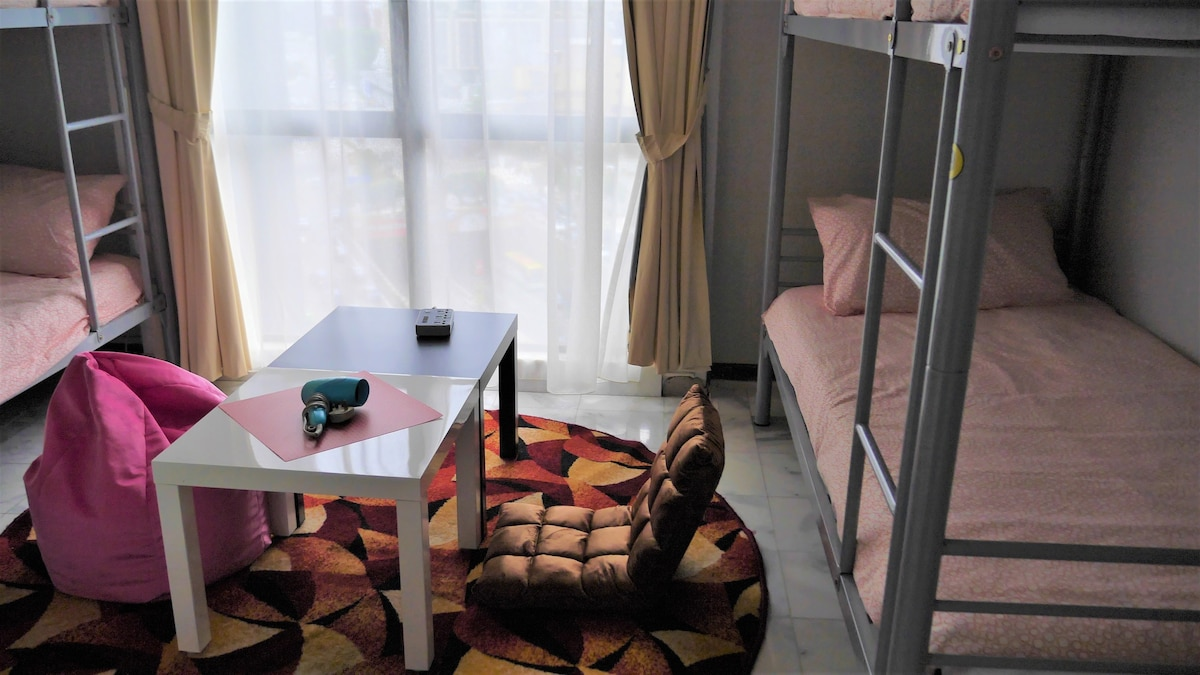 KLCC dorm hostel separate male and female room   Serviced apartments  louer  Kuala Lumpur