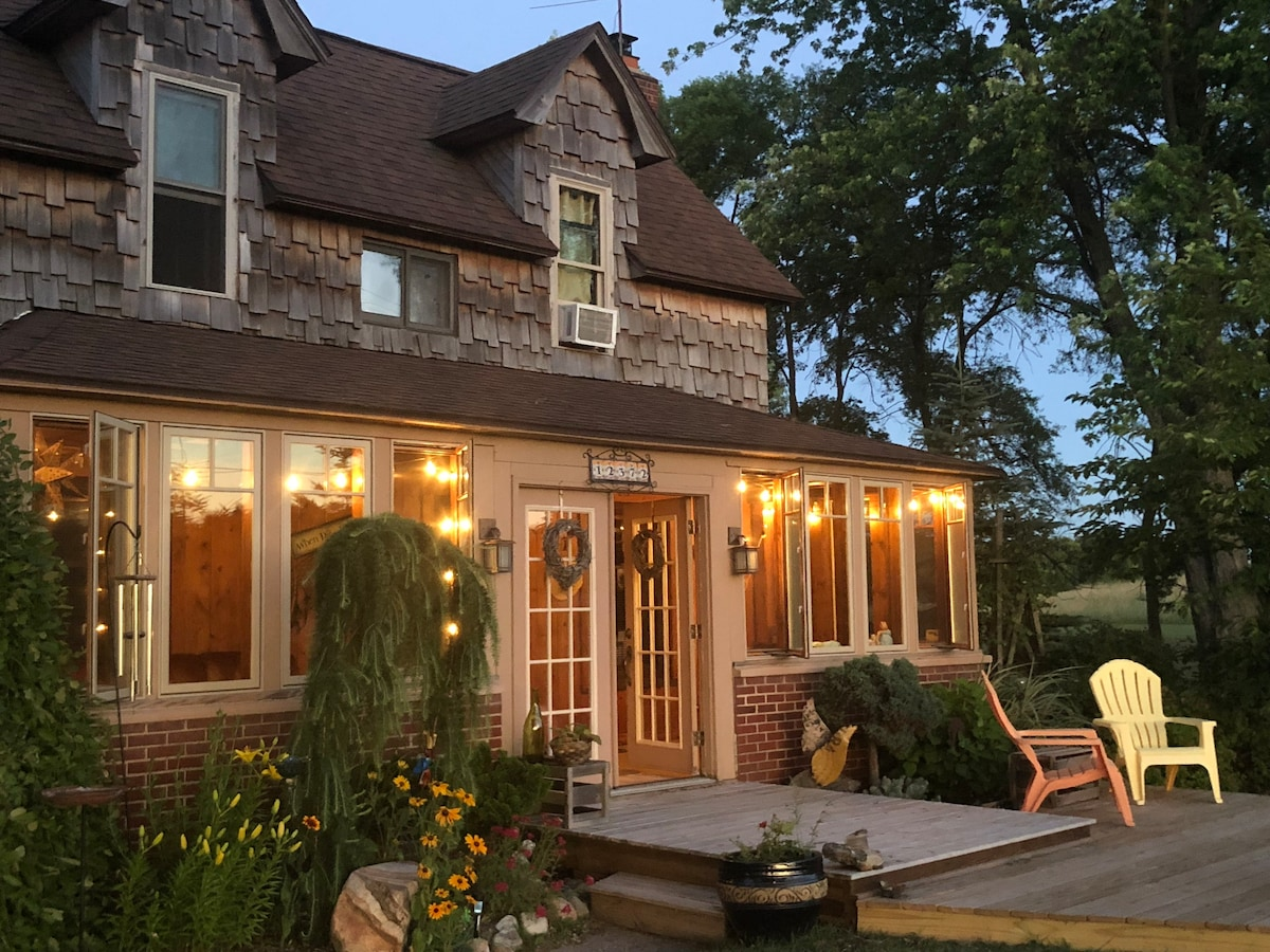 Airbnb Old Mission Vacation Rentals Places To Stay