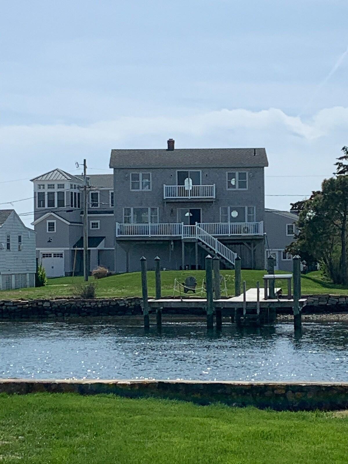 Misquamicut Beach House Rentals : misquamicut, beach, house, rentals, Misquamicut, Beach, Bungalow, Misquamicut,, Rhode, Island, (RI),, Bedroom,, Bathroom)