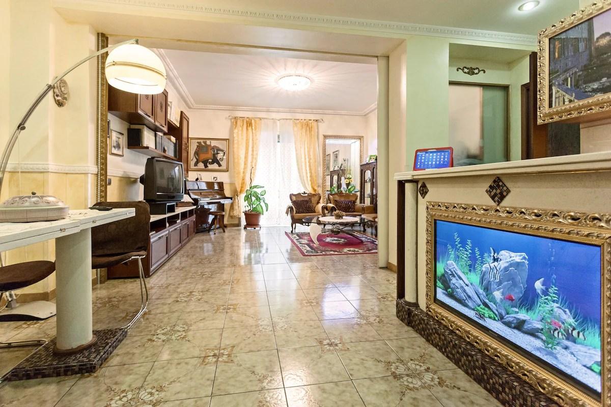 Le tue Vacanze in Casa a Roma 10 pax  Apartments in