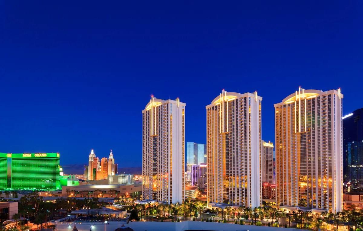 MGM Signature Studio W Strip View  Condominiums for Rent in Las Vegas Nevada United States