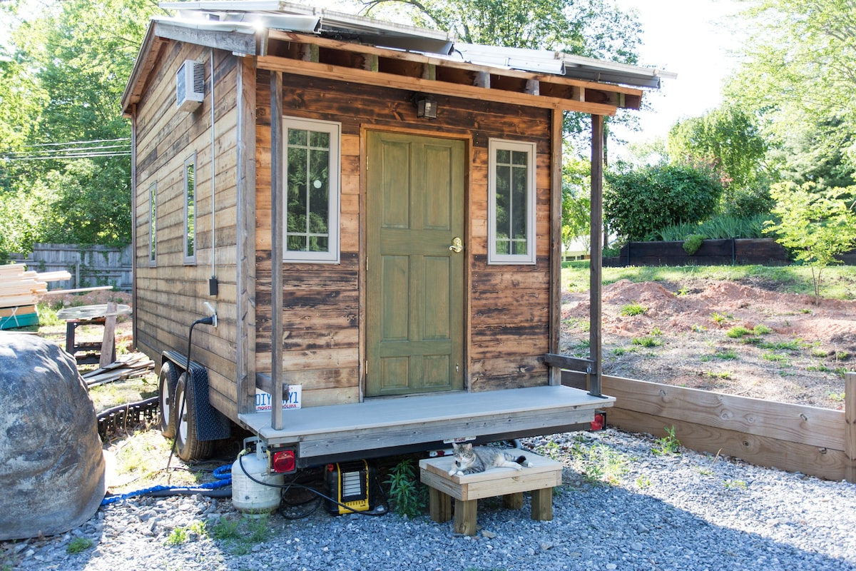 Tiny House For Visitors Tiny Houses For Rent In
