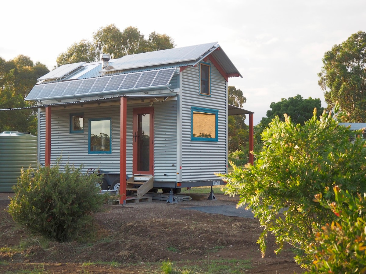 Freds Tiny Houses Off Grid Tiny House On Wheels Houses