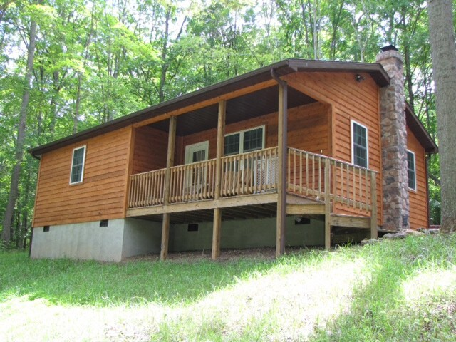 Lost River Cabin  Cabins for Rent in Great Cacapon West
