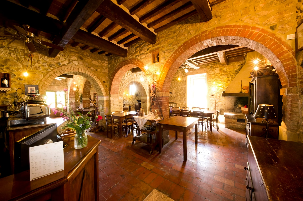 Relaxing time in a beautiful resort Tuscany Castles for