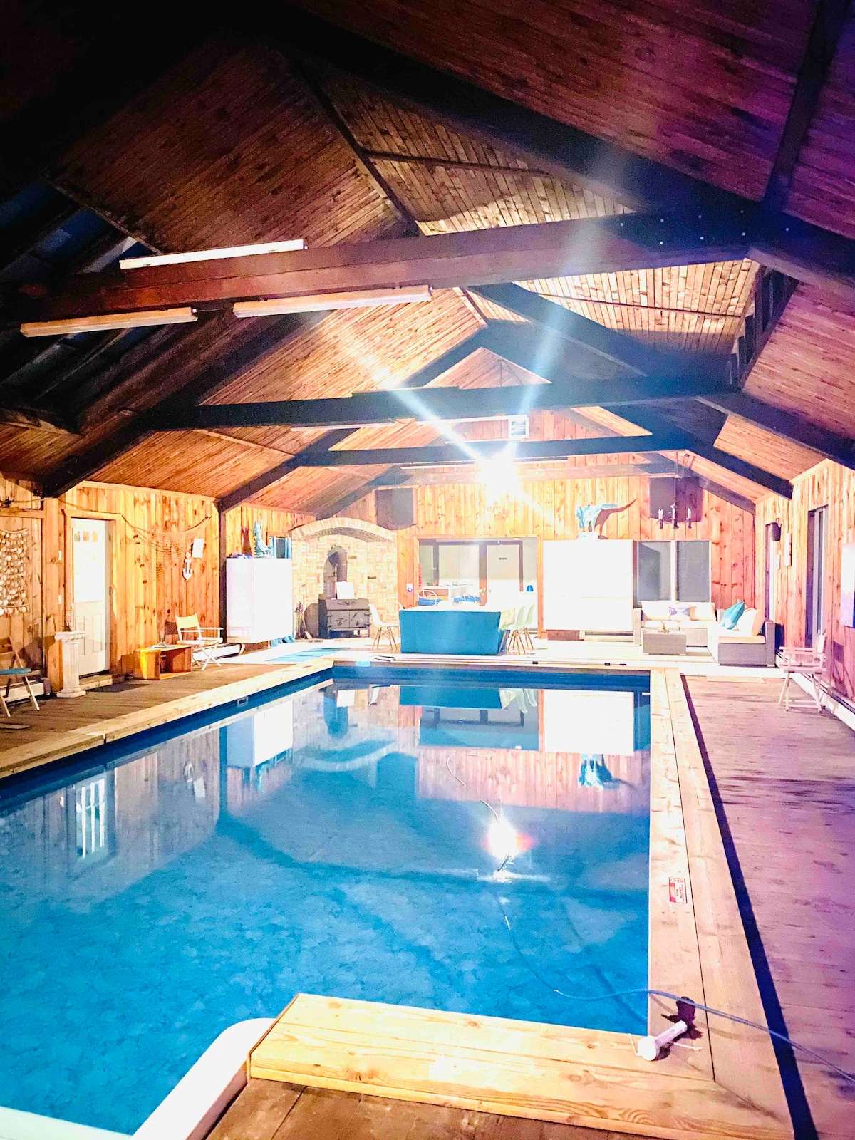 Airbnb Poconos With Indoor Pool : airbnb, poconos, indoor, Perfect, Family/Friends+Indoor, Pool+much, More!, Houses, Wurtsboro,, York,, United, States