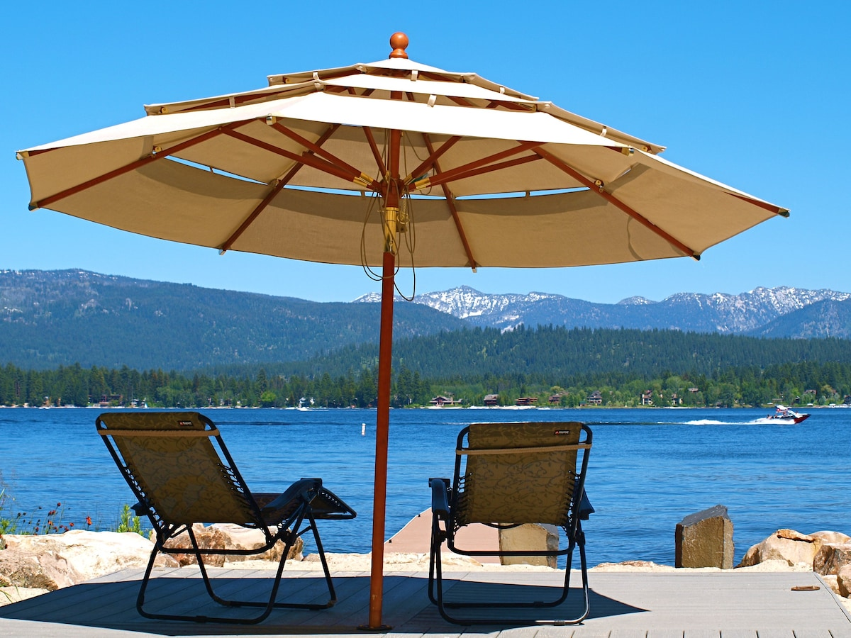 McCall ID Cabin by Payette Lake with Private Dock