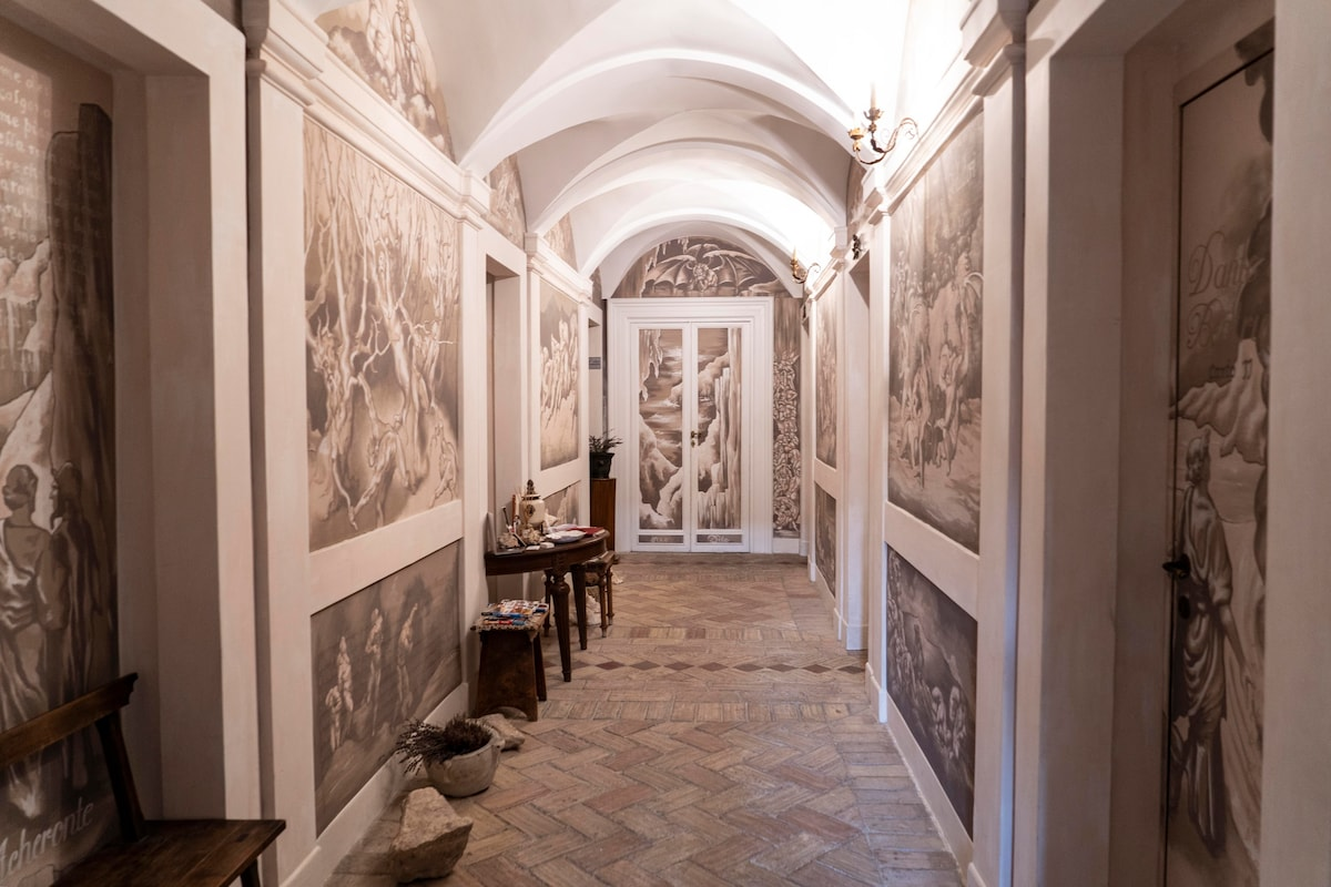 DANTE39S HELL 3  Bed and breakfasts for Rent in Rome
