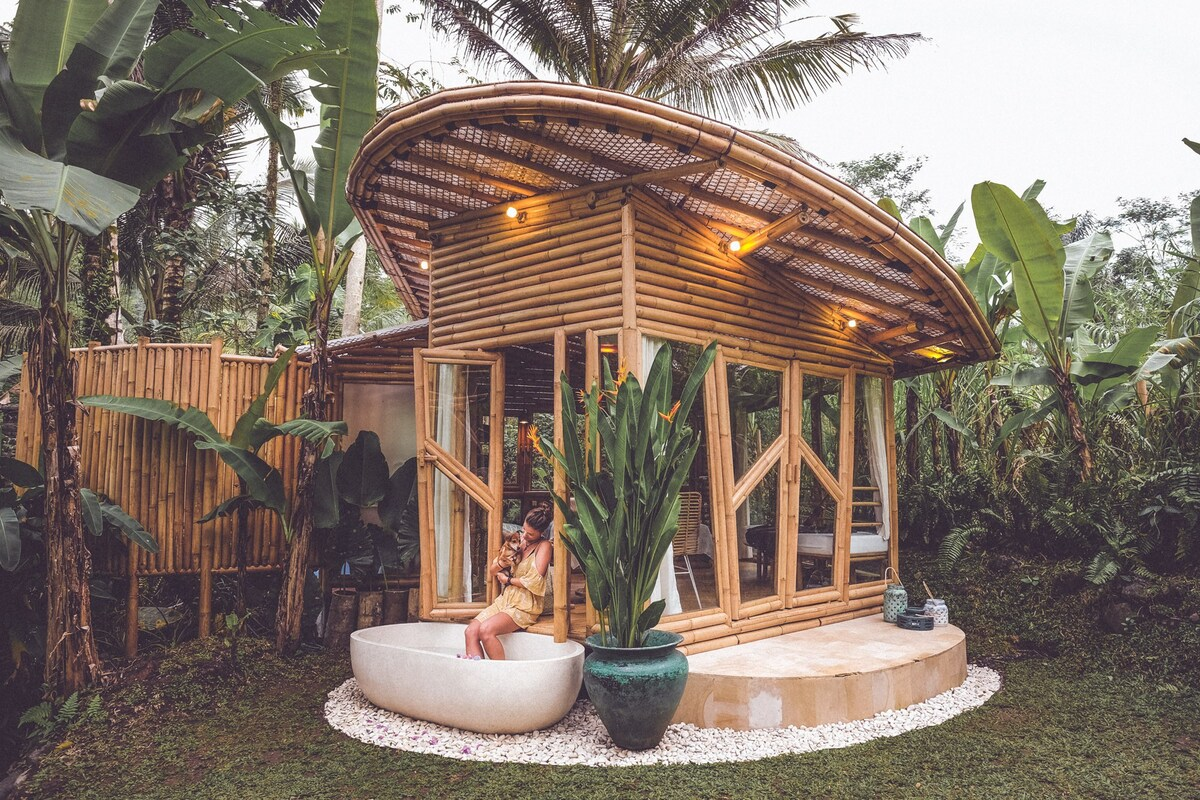HIDEOUT LIGHTROOM Eco Bamboo Home Bungalows For Rent