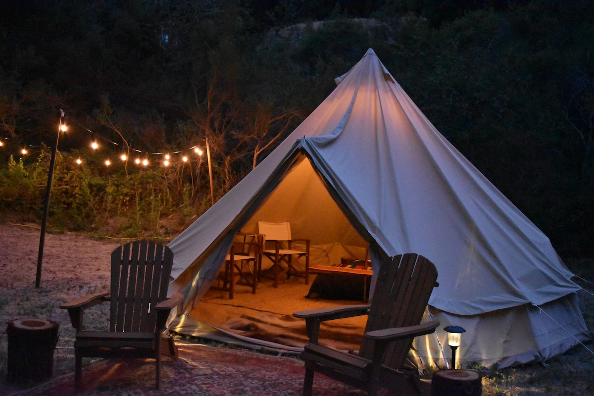 Private Luxury Glamping Tent Designer Decorated  Tents