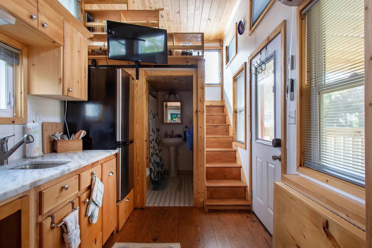 Clean Spacious Eco Tiny House Big Living On Hgtv Tiny