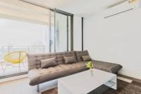 Luxury Melbourne CBD 2Br Apt Indoor Pool & balcony ...