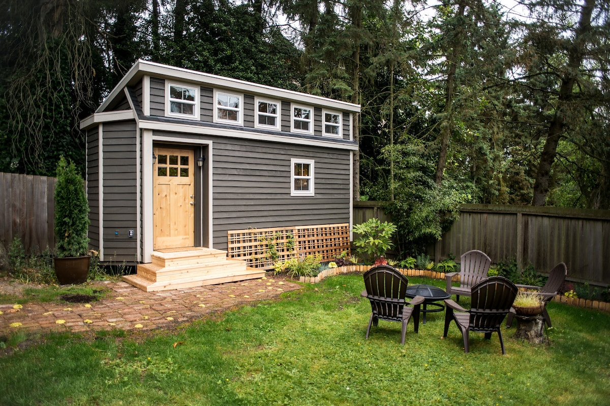 Seattle Tiny House Near Light Rail Tiny Houses For Rent