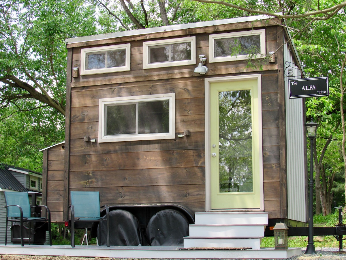 The Alfa Tiny House On Tiny Estates 14 Acres Tiny Houses