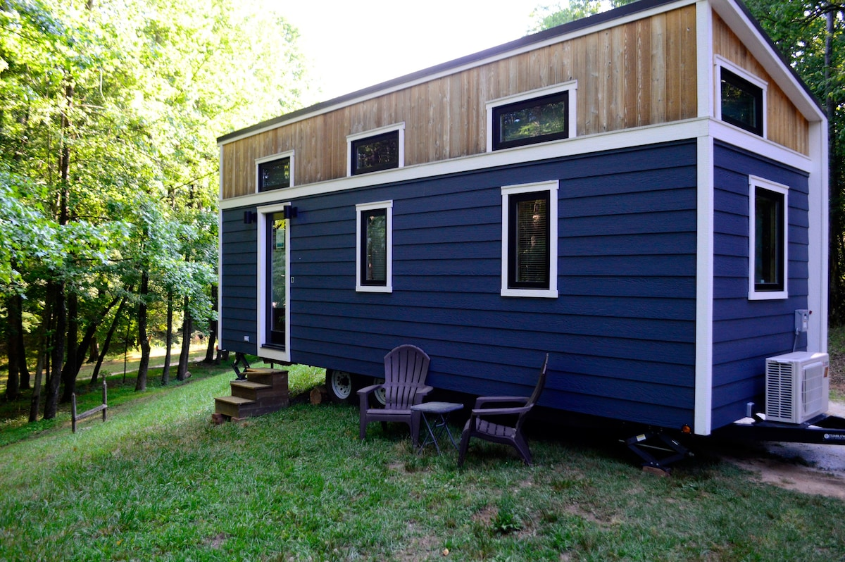 Blue Ridge Hideaway Tiny Houses For Rent In Travelers
