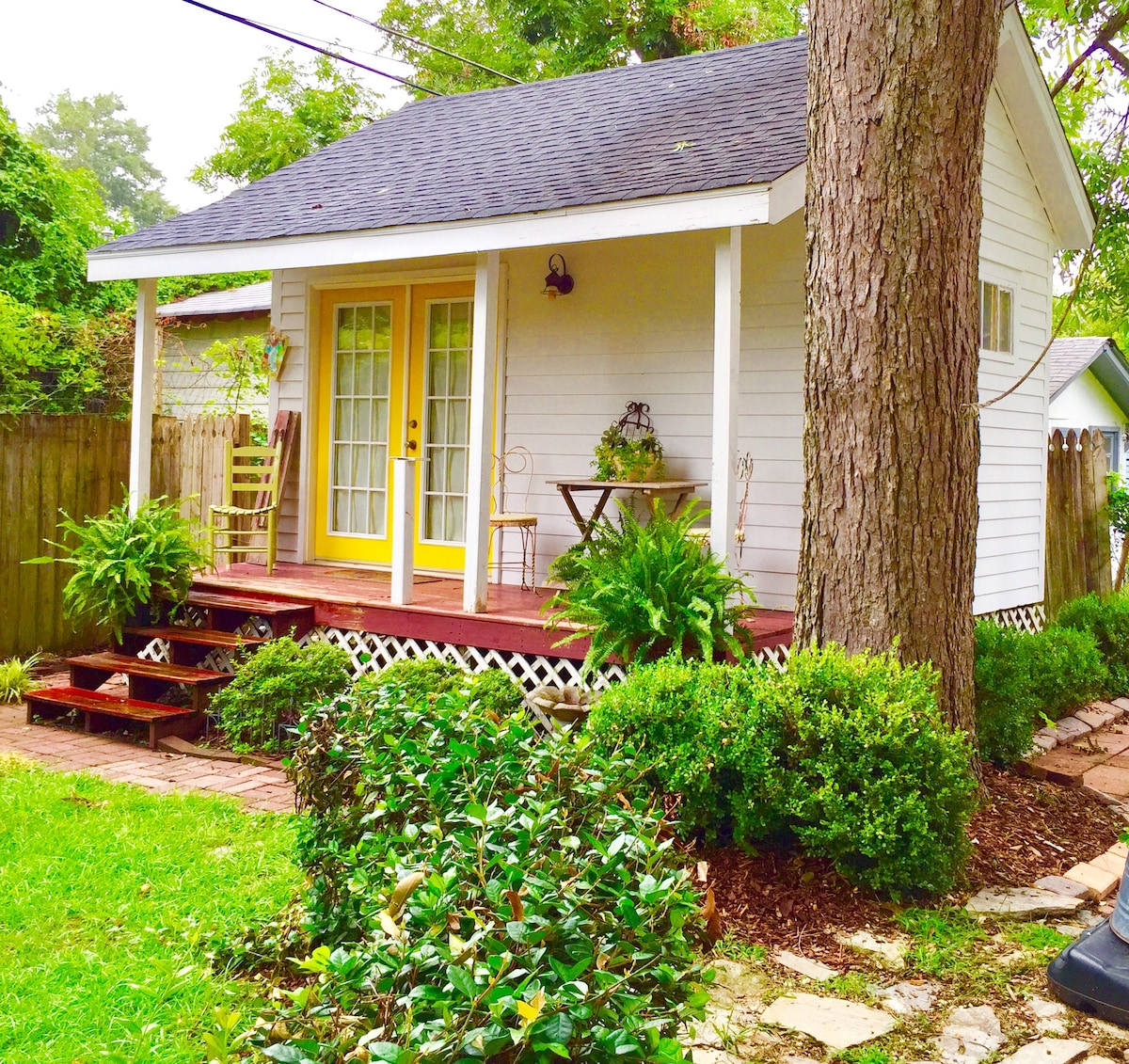 Tiny Guest House Guesthouses For Rent In Columbia South
