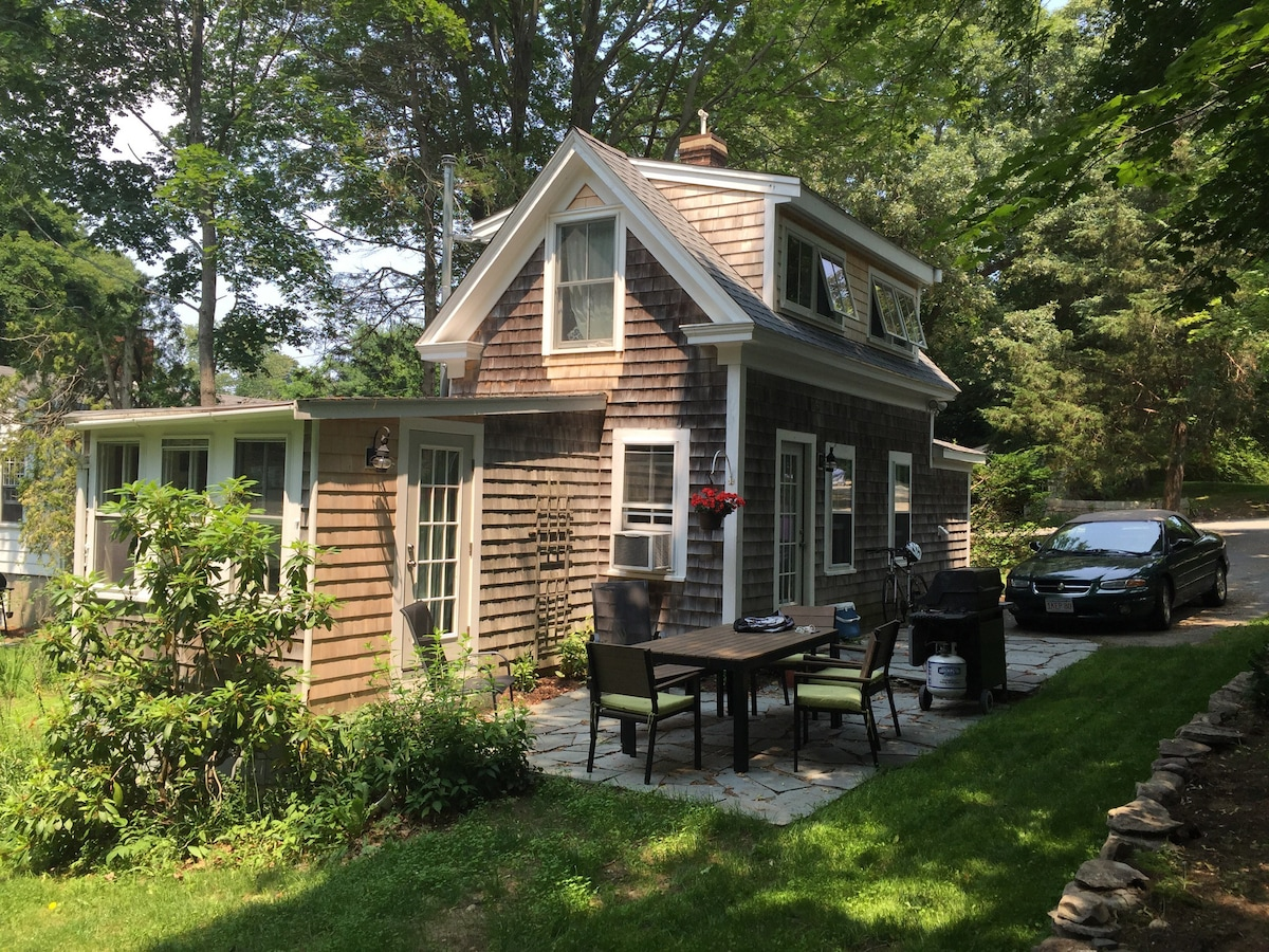 Small Cottage On Quiet Lane Cottages For Rent In Duxbury