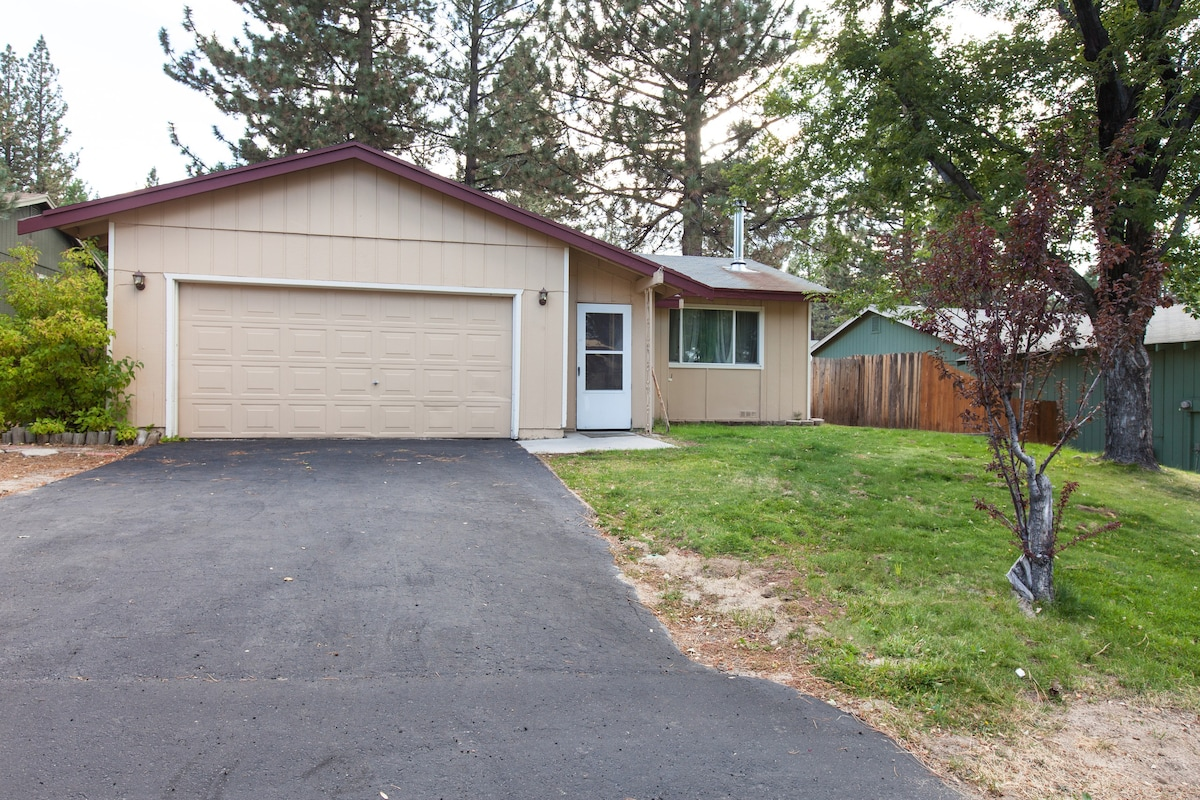 Bozeman Bungalow With Hot Tub Spring Special Rate