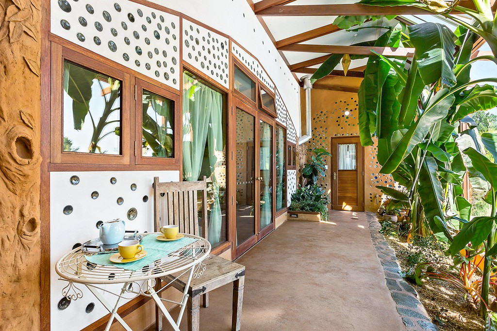 Earthship Ironbank Bnb Earth Houses For Rent In Ironbank