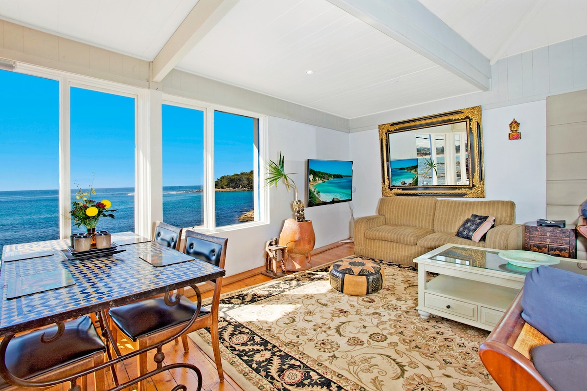 Beach House Manly Apartment 2 Penthouse  Apartments for Rent in Manly New South Wales Australia