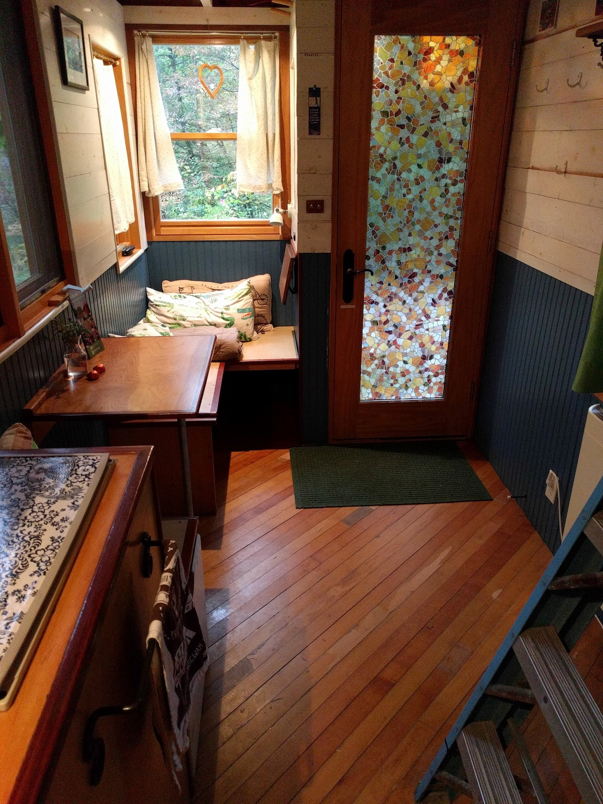 Vermont Tiny House La Casita Cabins For Rent In