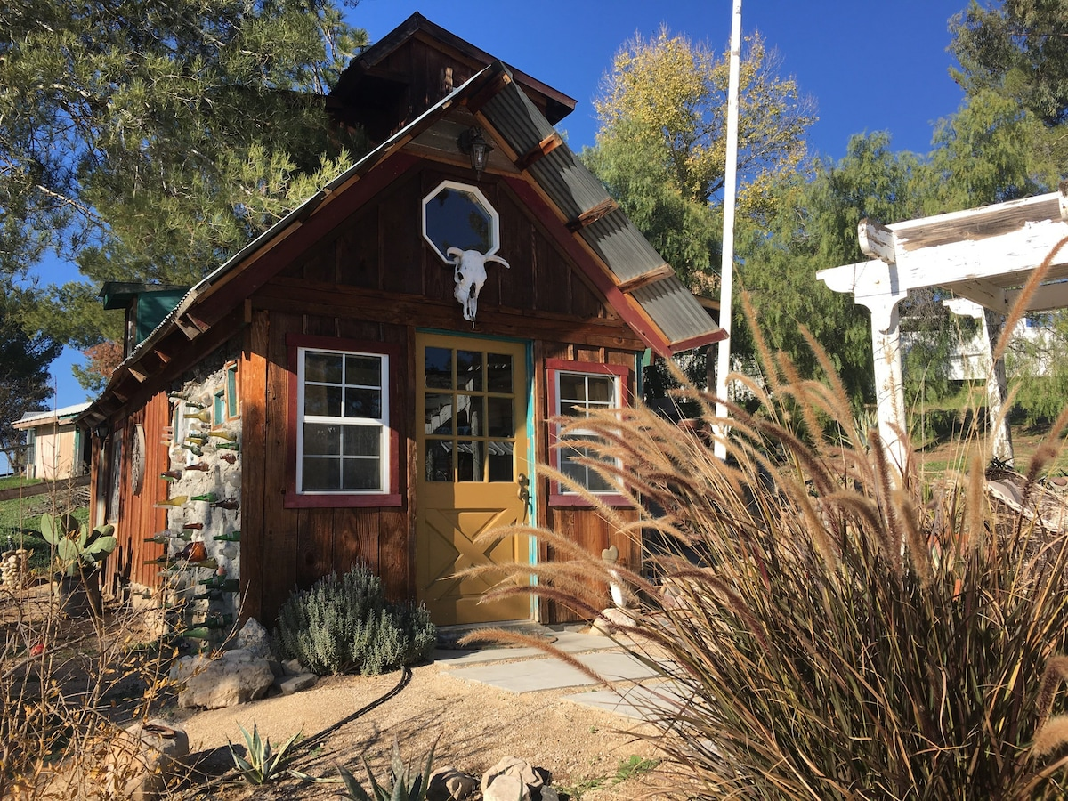 Coyote Ridge Tiny House Tiny Houses For Rent In Paso
