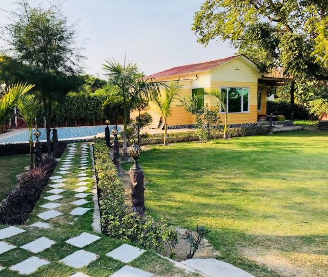 Noida  With Photos Top  Holiday Lettings Noida Holiday Rentals Holiday Apartments Airbnb Noida Uttar Pradesh India