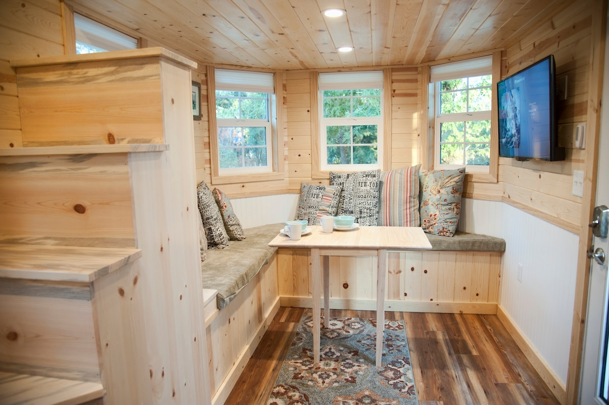Tiny Luxury Near Yosemite Tiny Houses For Rent In