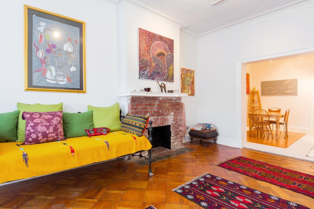 Spacious Brownstone Room