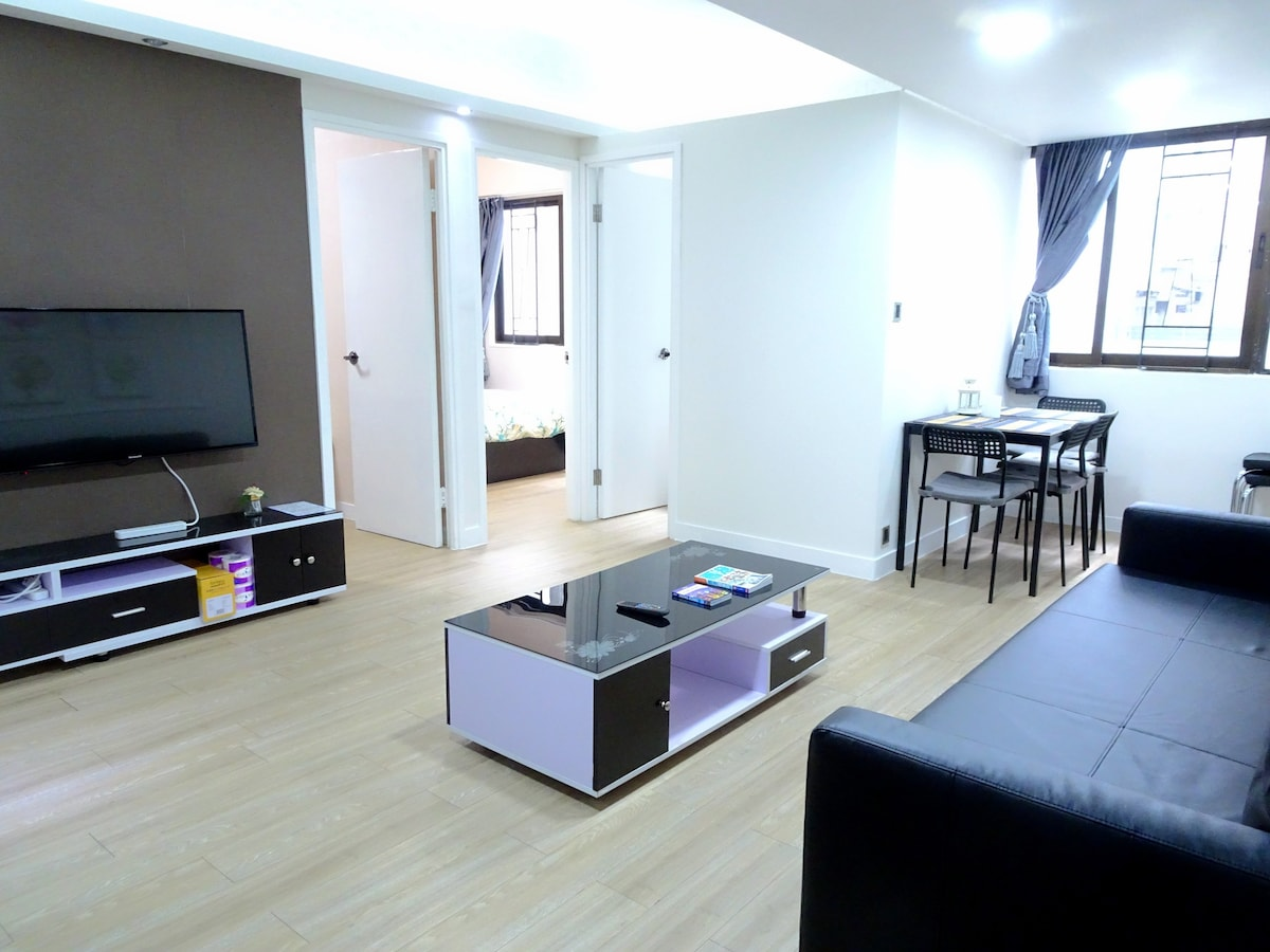 Newly ! Modern Sunfilled City View  Apartments For Rent