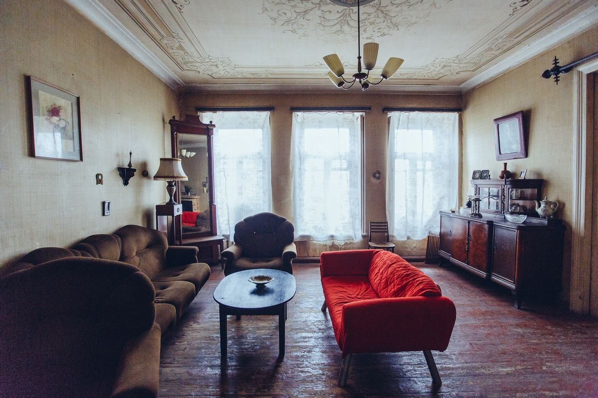 VINTAGE ROOM (with fireplace)