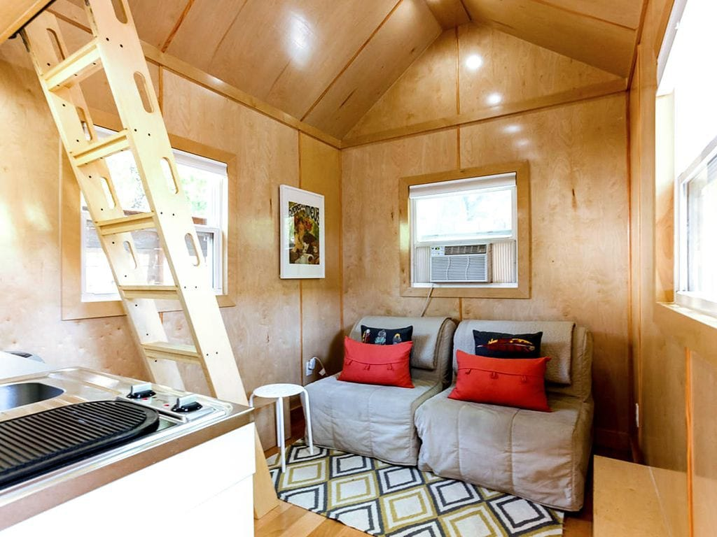 Tiny House Downtown Cozy And Fun Tiny Houses For Rent