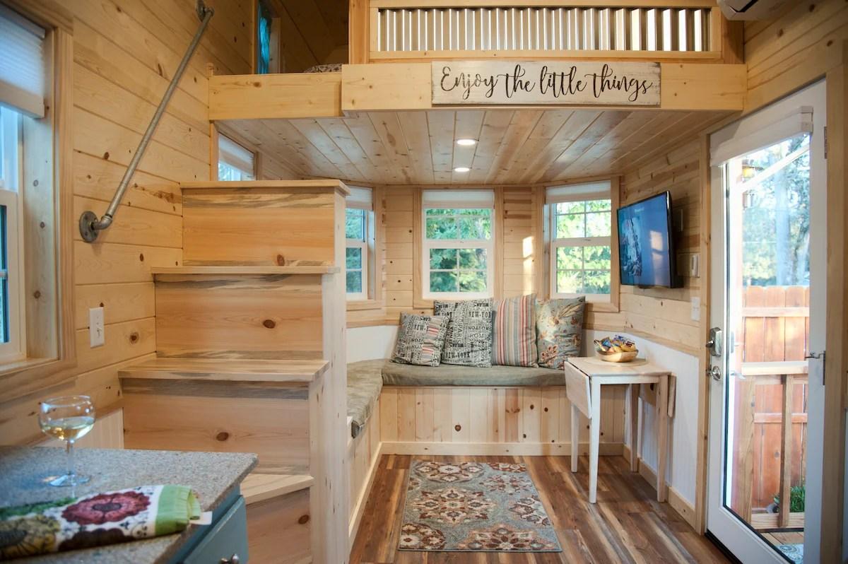 Tiny Luxury Near Yosemite Tiny Houses For Rent In