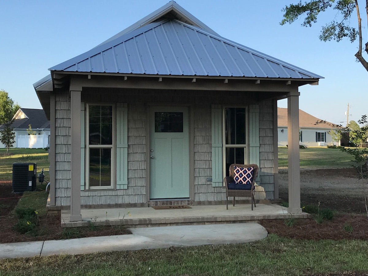 The Cottages On Underwood Unit B Tiny Houses For Rent In