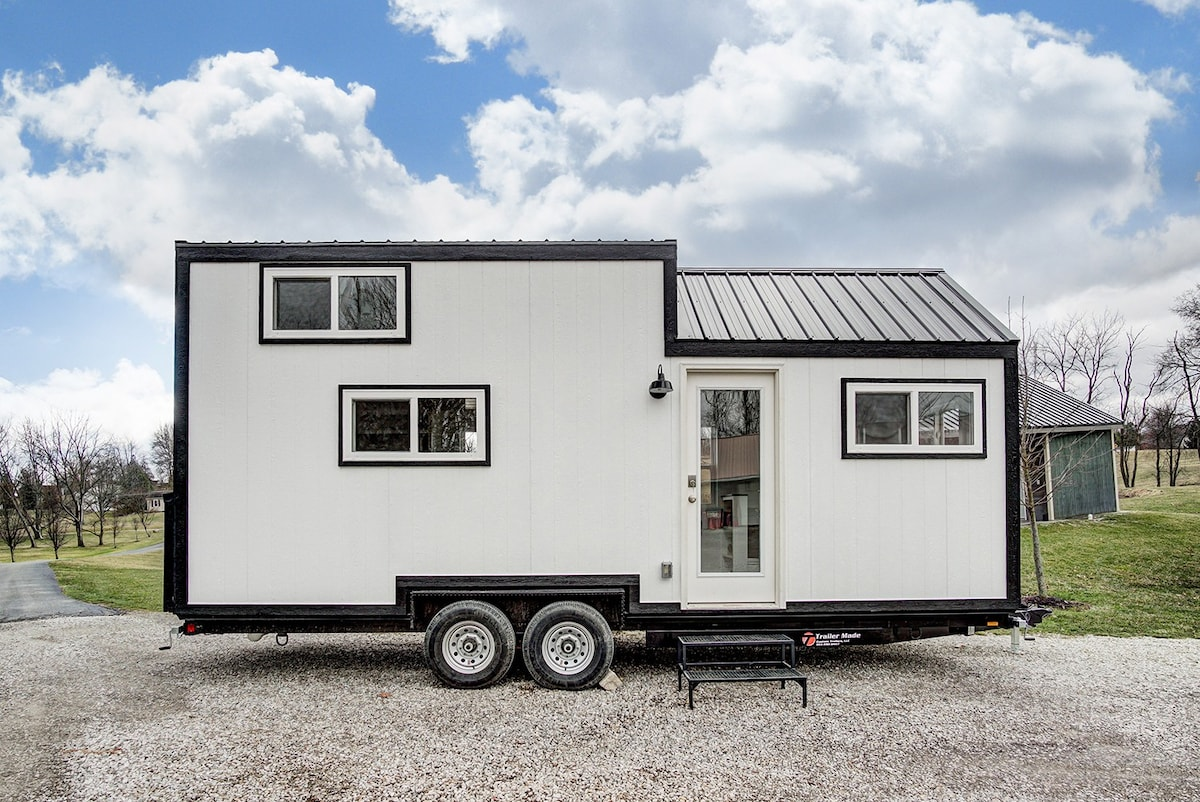 Tiny House Near The Ohio River Tiny Houses For Rent In