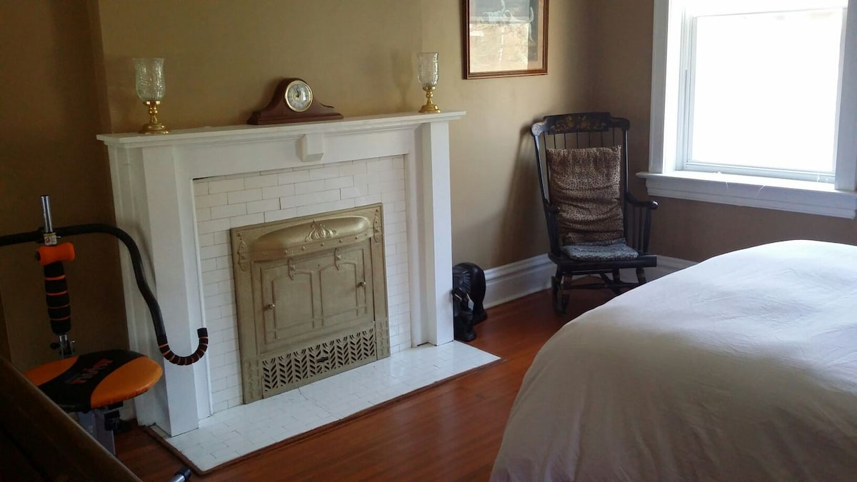 Airbnb St Louis Vacation Rentals Places To Stay
