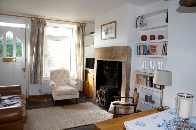Airbnb Lancaster Holiday Rentals Places To Stay