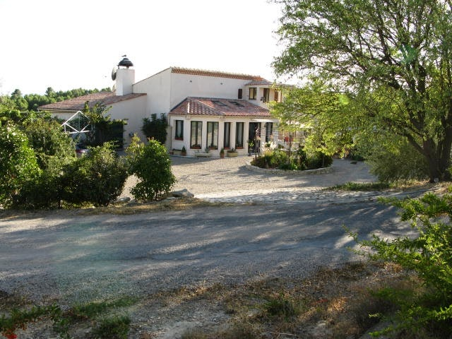 Airbnb Cesseras Vacation Rentals Places To Stay