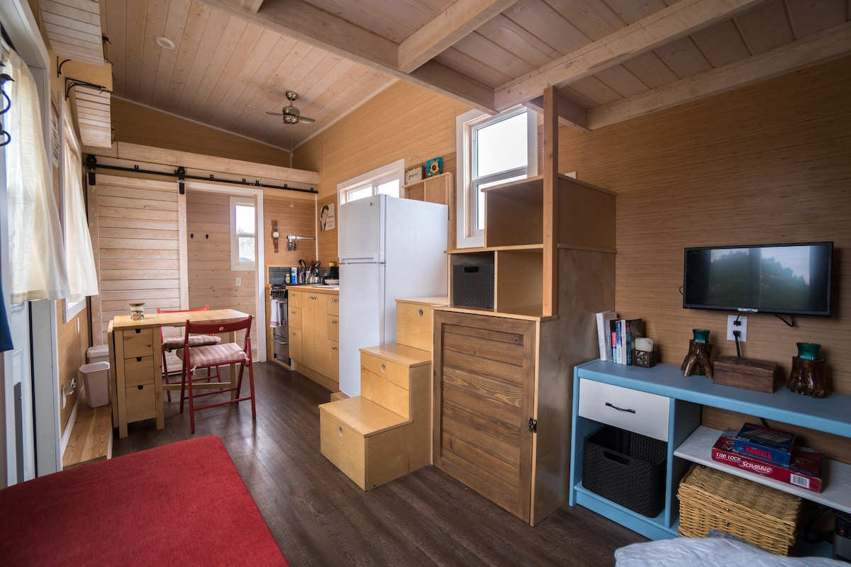 Tiny House In Dripping Springs Tx Tiny Houses For Rent