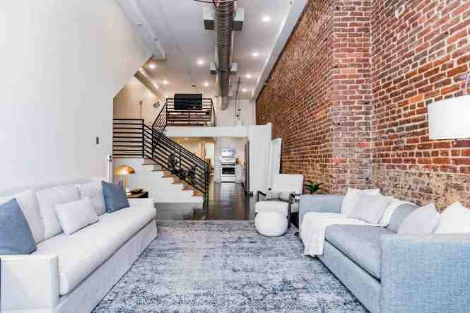 Breath Taking Fabulous Loft Downtown 5