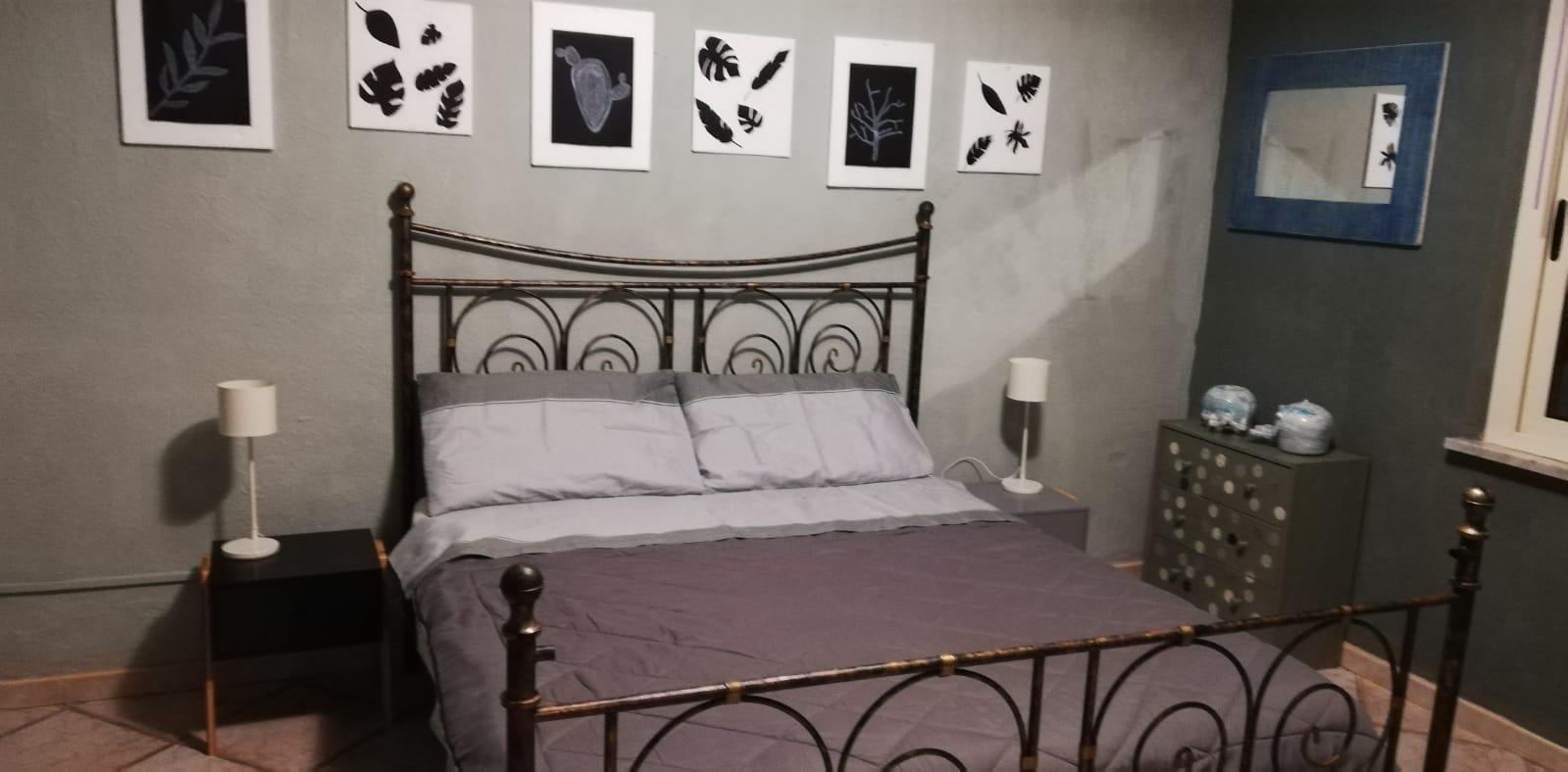 Venerdì scorso abbiamo visto la camera da letto nel suo insieme, sottolineando come la biancheria in questo locale facciano differenza. Lasemplicenelblu 1 Villas For Rent In Villa San Pietro Sardegna Italy